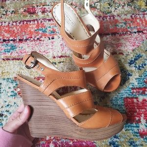 ⬇️SALE Coach Jazlyn caged wedge sandals